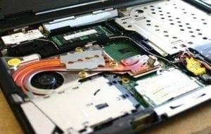 Înlocuire componente laptop